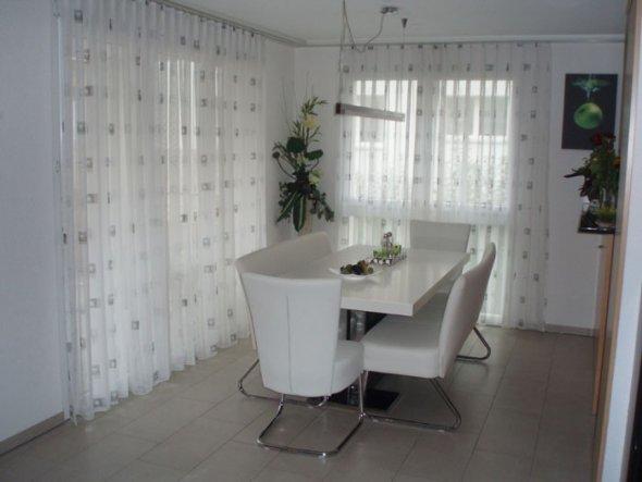 esszimmer 39 essecke 39 alte wohnung 2 chupacabra zimmerschau. Black Bedroom Furniture Sets. Home Design Ideas