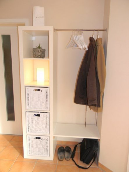 flur diele 39 welcome 39 casanostra zimmerschau. Black Bedroom Furniture Sets. Home Design Ideas
