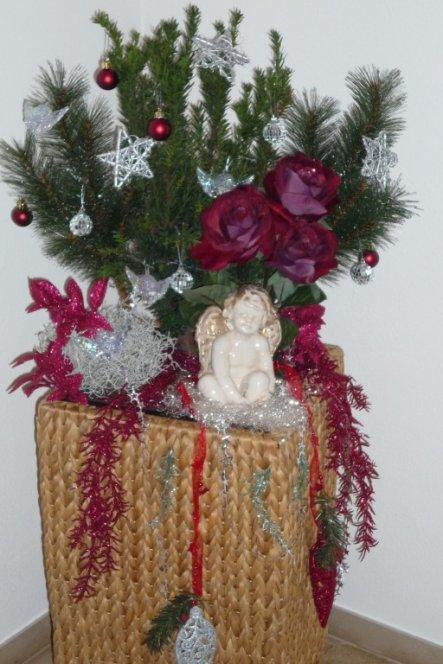 weihnachtsdeko 39 weihnachtliches allerlei 39 unser reich zimmerschau. Black Bedroom Furniture Sets. Home Design Ideas