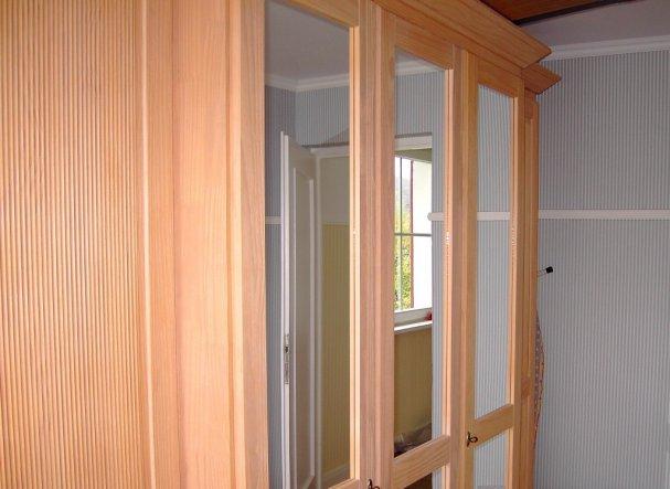 schlafzimmer 39 ankleidezimmer 39 schwabenh usle zimmerschau. Black Bedroom Furniture Sets. Home Design Ideas