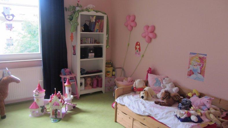 kinderzimmer 39 prinzessin 39 sweet home 2012 zimmerschau. Black Bedroom Furniture Sets. Home Design Ideas