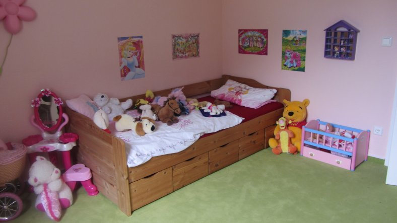 kinderzimmer 39 prinzessin 39 sweet home 2012 zimmerschau. Black Bedroom Furniture Sets. Home Design Ideas