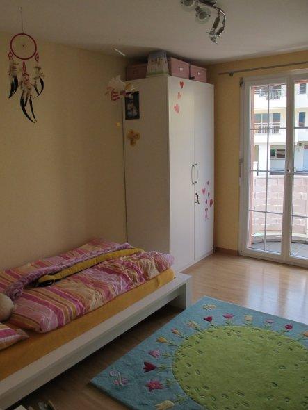 kinderzimmer 39 zimmer unserer grossen maus 39 pinkymums house zimmerschau. Black Bedroom Furniture Sets. Home Design Ideas