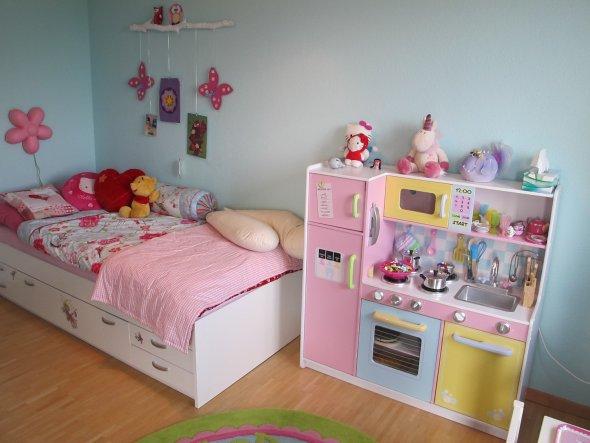 kinderzimmer 39 reich der kleinen prinzessin 39 pinkymums. Black Bedroom Furniture Sets. Home Design Ideas