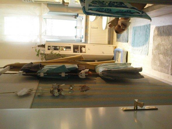 Hier ein Bild vom Linoleum im Bad
