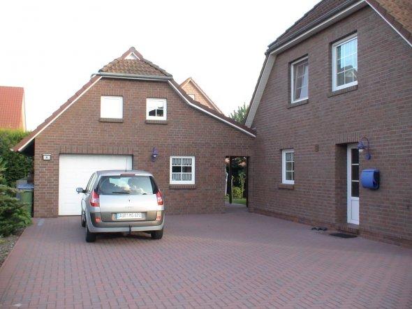 Hausfassade / Außenansichten 'Außenansichten unseres Hauses'