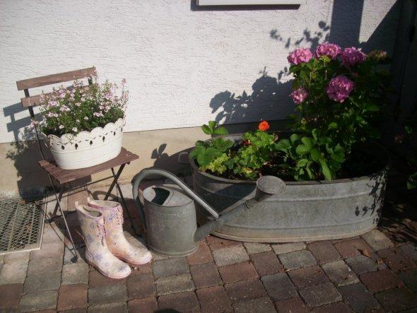Hausfassade au enansichten 39 vor dem haus 2009 39 mein zuhause zimmerschau - Herbstdeko vor dem haus ...