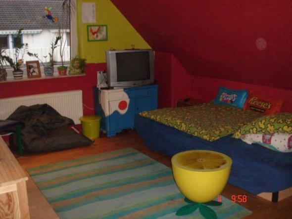 Kinderzimmer 39 ein jugendzimmer 39 villa kunterbunt for Deckenlampen kinderzimmer jugendzimmer