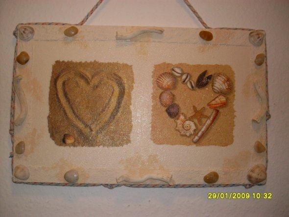 Verschönerung für das Gäste-WC aus Servietten auf einer Spanplatte.