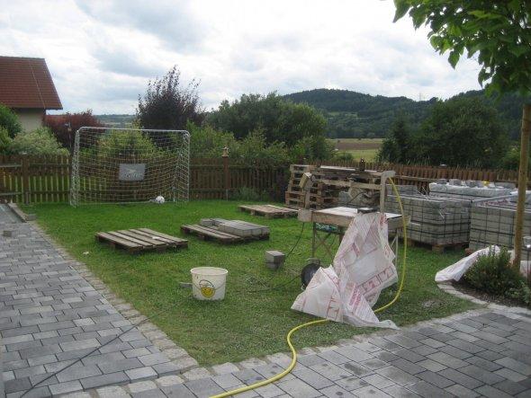 Hausfassade / Außenansichten 'Pflasterarbeiten'