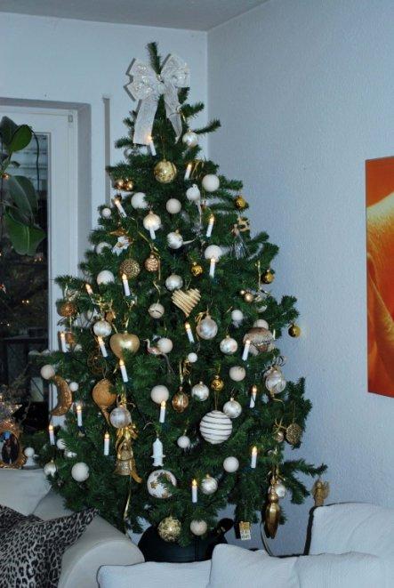 mein frisch dekorierter Christbaum