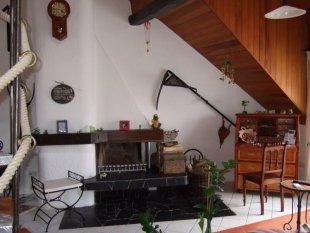 das geimeinsame Wohnzimmer mit KAMIN