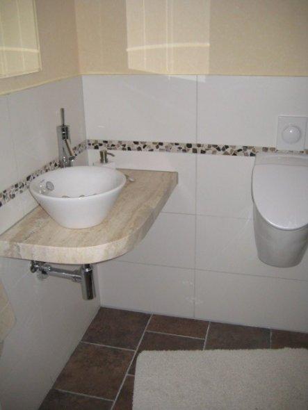 bad 39 g ste wc 39 unser heim zimmerschau. Black Bedroom Furniture Sets. Home Design Ideas
