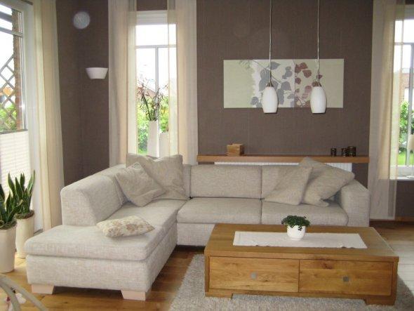 Wohnzimmer 39 wohn und esszimmer 39 unser heim zimmerschau for Wohnzimmer quadratisch