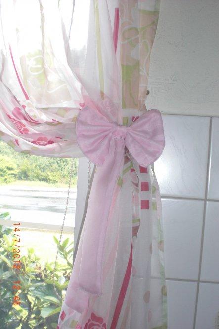 mit rosa schleife verziert ;-)