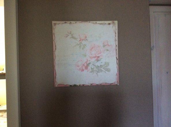 Aus einem Stück tapetenmuster den alten keilrahmen verschönert...
