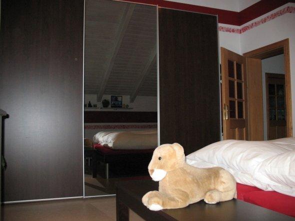 Schlafzimmer \'Wenge-Schlafzimmer\' - Unsere gemütliche Wohnoase ...