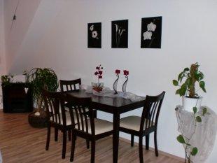 Küche, Wohn- und Esszimmer