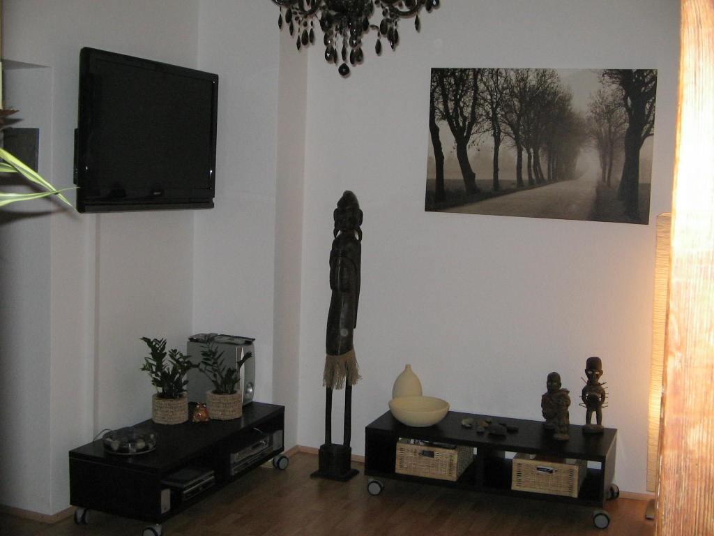 wohnzimmer 39 das wohnzimmer 39 maisonette domizil zimmerschau. Black Bedroom Furniture Sets. Home Design Ideas