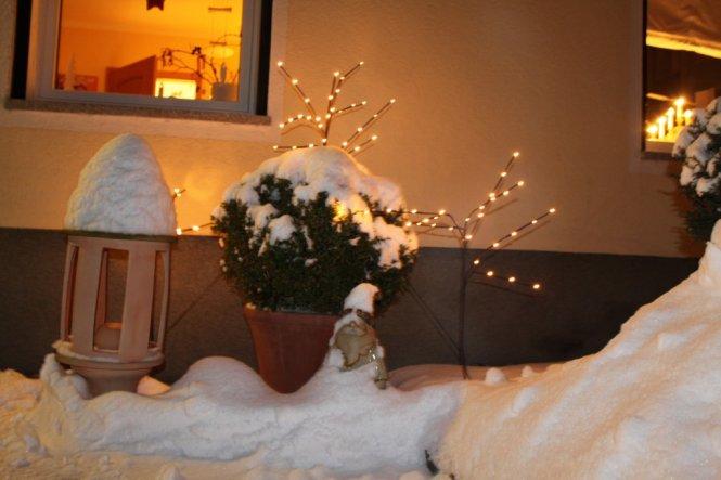 Weihnachtsdeko 'Garten in Weiß'