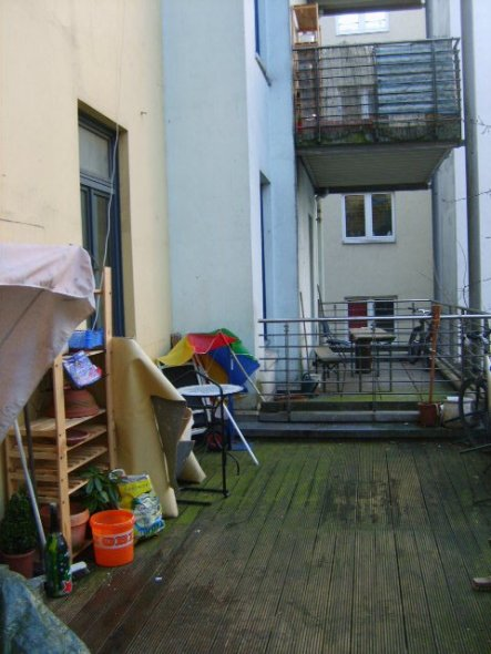 terrasse balkon 39 dachterrasse 39 lange noch nicht fertig zimmerschau. Black Bedroom Furniture Sets. Home Design Ideas