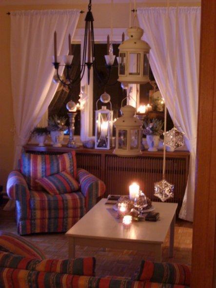 weihnachtsdeko 39 weihnachten im wohnzimmer. Black Bedroom Furniture Sets. Home Design Ideas