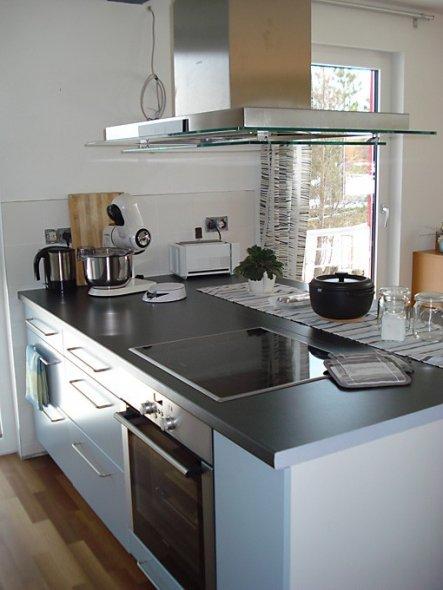 Blick von Küchentür nach rechts.