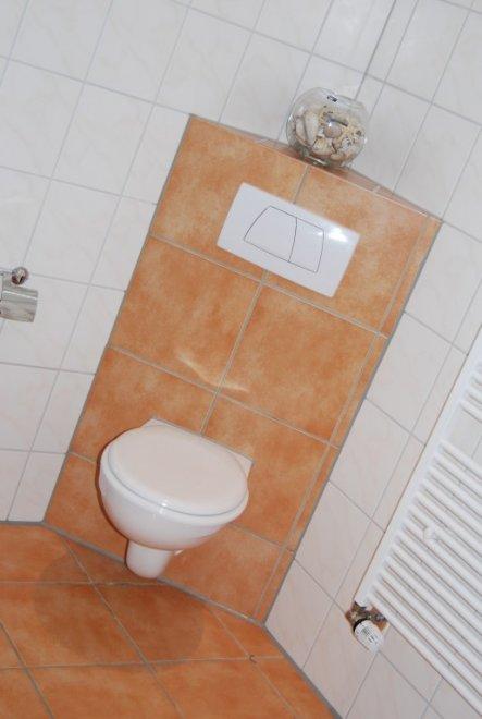 bad 39 badezimmer 2009 39 altes haus neuer wind zarlyzepplin zimmerschau. Black Bedroom Furniture Sets. Home Design Ideas