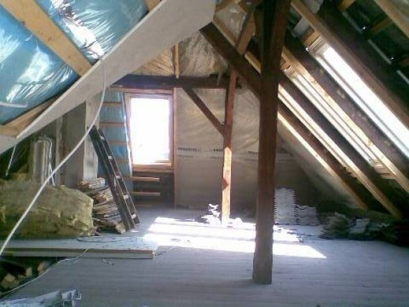 wohnzimmer 39 dachboden 39 julis domizil zimmerschau. Black Bedroom Furniture Sets. Home Design Ideas