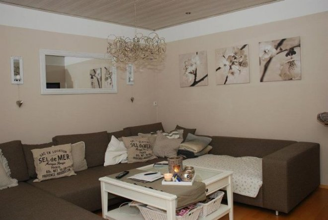 wohnzimmer 39 wohnen neu 39 unser domizil zimmerschau. Black Bedroom Furniture Sets. Home Design Ideas