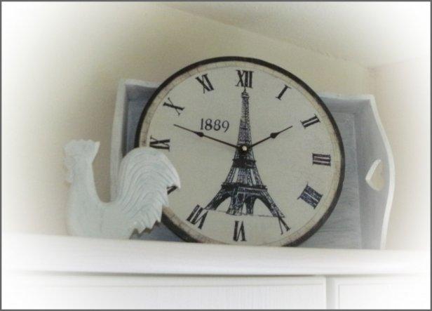 die Uhr hat mir mein mann mitgebracht::))