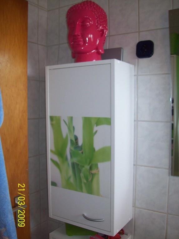 Bad 39 badezimmer 39 yellow house zimmerschau for Billige deckenlampen