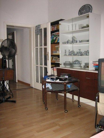 wohnzimmer 39 wohn und arbeitszimmer 39 wohnkultur in reinkultur zimmerschau. Black Bedroom Furniture Sets. Home Design Ideas