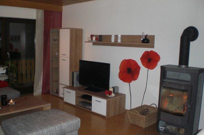 wohnzimmer aus alt mach neu von paganga 9903 zimmerschau. Black Bedroom Furniture Sets. Home Design Ideas