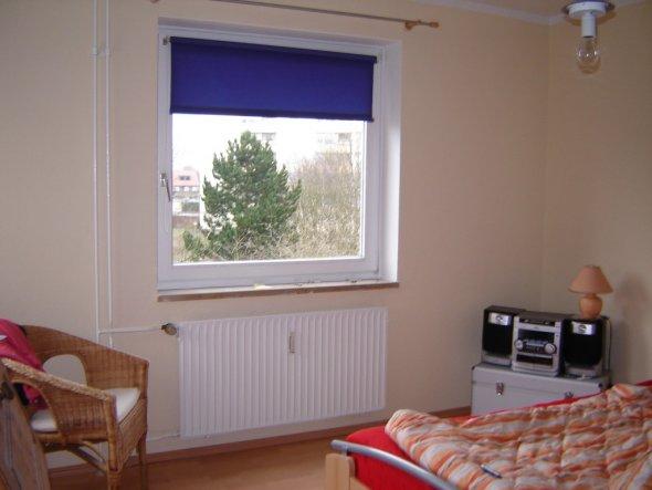 schlafzimmer 39 schlaf gut 39 im hohen norden zimmerschau. Black Bedroom Furniture Sets. Home Design Ideas