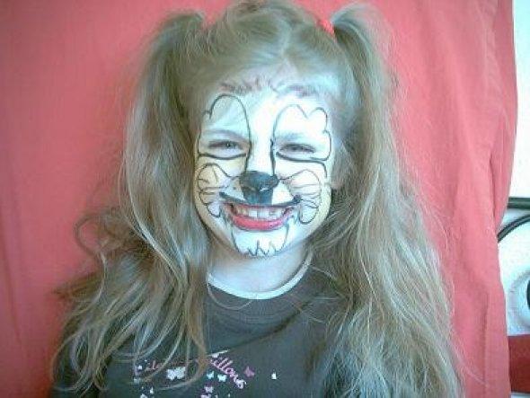 da musste es schnell gehen...ganz ohne Kostüm nur geschminkt spontan zu einem Kinderfest