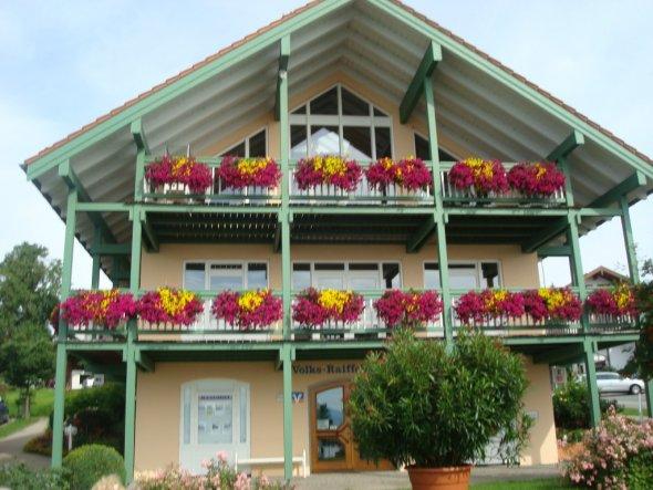 Terrasse / Balkon 'Balkonblumen und die Berge'