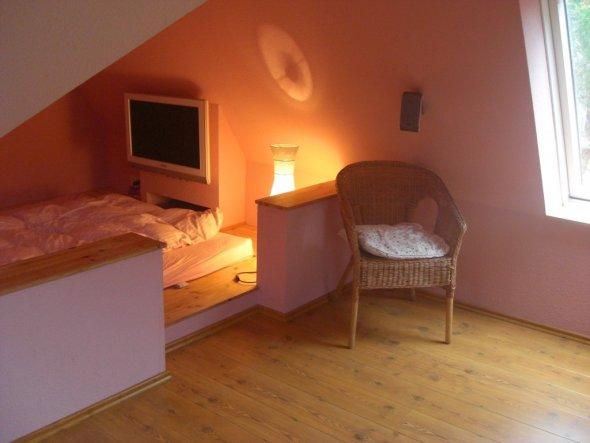 Dachboden wohnung einrichten verschiedene for Dachboden schlafzimmer ideen