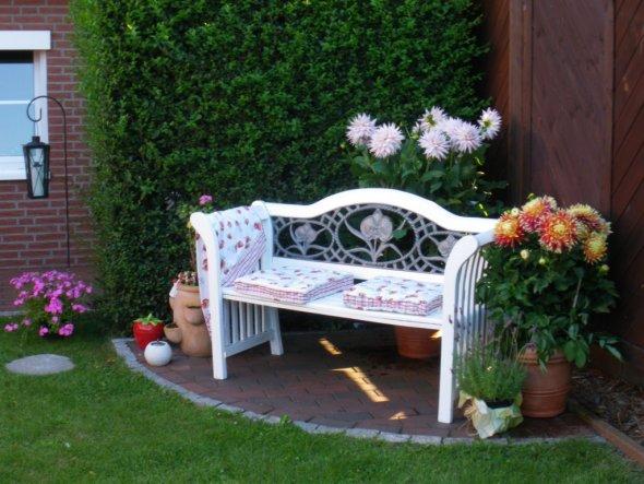 Garten deko ecke for Zimmer deko ecke