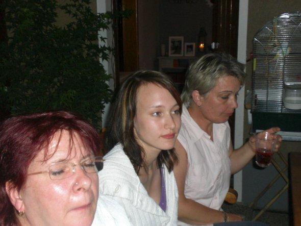 von l.n.r. :Petra, Swenja und Conny!
