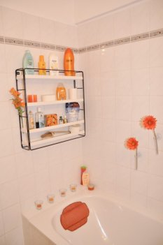 Shower in color