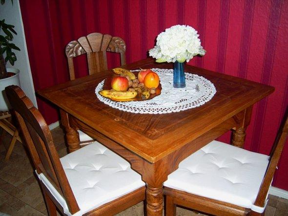 schöne alte Tischgruppe vom Trödler