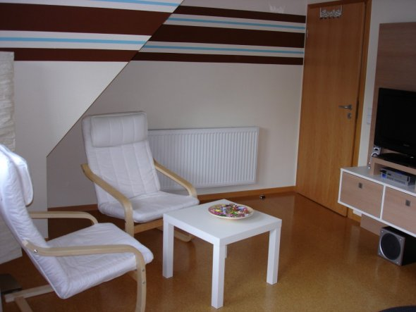 kinderzimmer 39 jugendzimmer 39 do it yourself zimmerschau. Black Bedroom Furniture Sets. Home Design Ideas