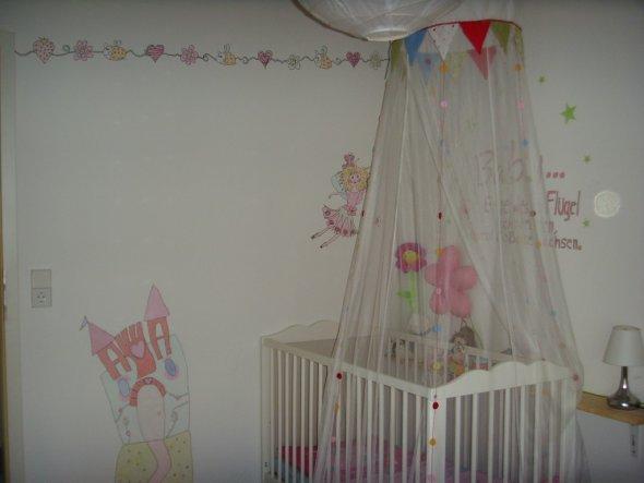 Kinderzimmer 'Leonies Reich'