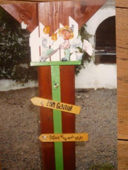 Diesen Gartenstecker habe ich vor Jahren gemacht und verschenkt.