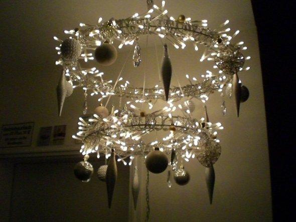 Lichter-Kranz von IKEA, hängt auf im Flur