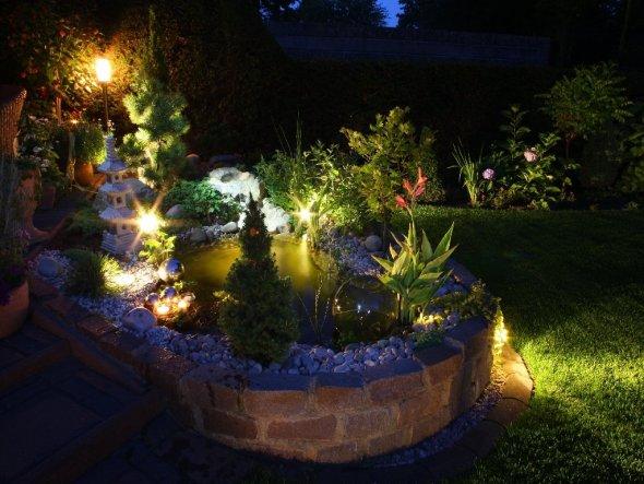 Garten 'Unser neuer Terrassenteich'