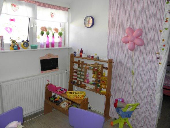Kinderzimmer 'Kinderzimmer meiner Mittleren Shabby /Märchen'