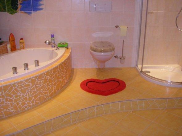 bad 39 wellness oase 39 mein zuhause zimmerschau. Black Bedroom Furniture Sets. Home Design Ideas