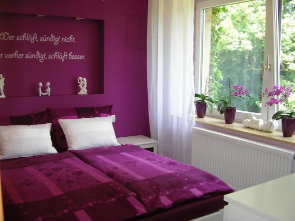 Lila schlafzimmer feng shui inspiration - Schlafzimmer gestalten lila ...